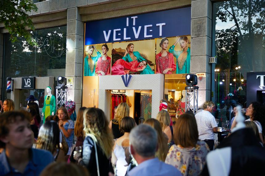 it velvet