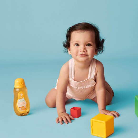Esika nos ayuda a preparar el baño para los bebés
